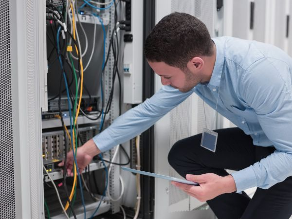 Buiness IT Hardware Support Services - Calnet IT Solutions